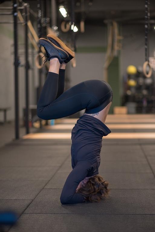 CrossFit Rijswijk - CrossFit Mobility Lessen - Wieteke in actie foto 7